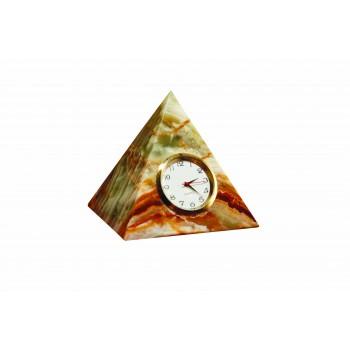 Piramit Saat